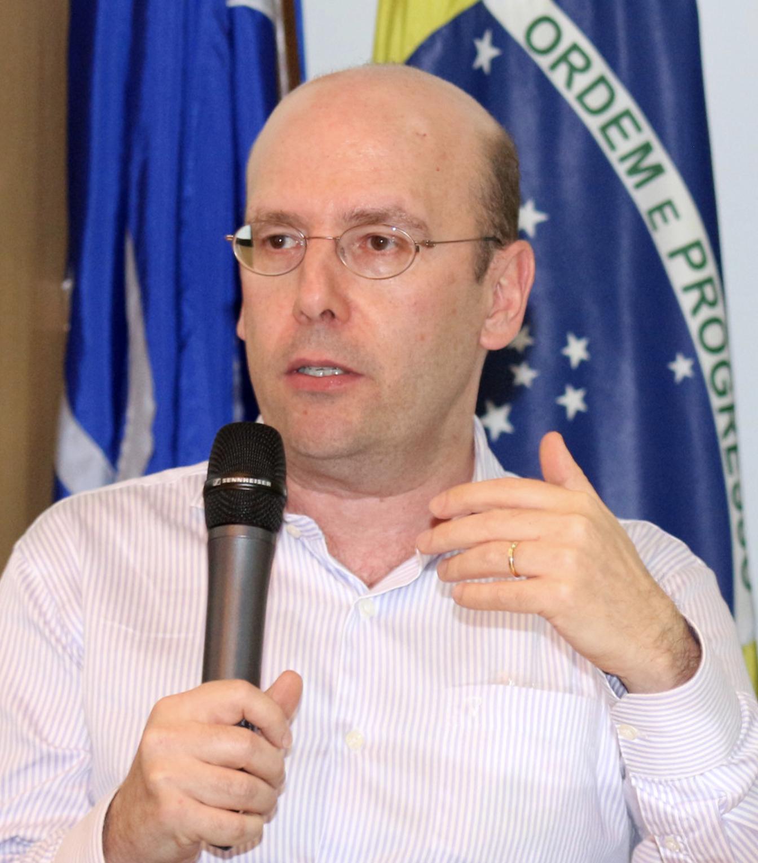 Sérgio Fausto Cientista político, superintendente da Fundação Fernando Henrique Cardoso