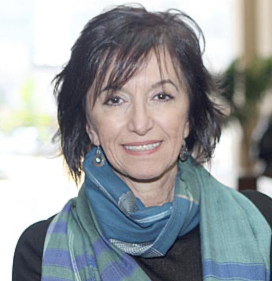 Silvia Antibas Diretora cultural da Câmara Árabe, curadora, historiadora, especialista em estratégias de desenvolvimento cultural na área de políticas culturais internacionais
